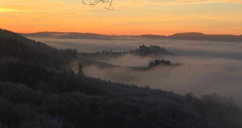 Lindenfels im Nebel