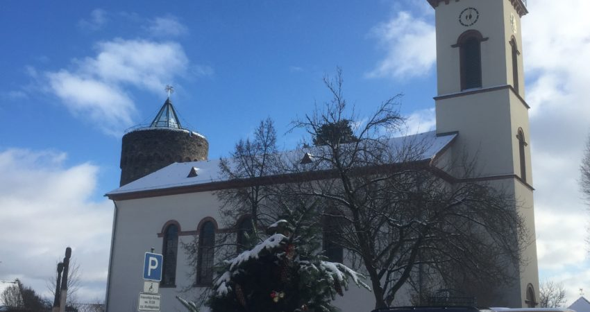 Winterwanderung Kirche